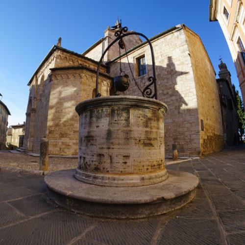 chiesa-san-quirico-d-orcia-toscana-e1447581433998